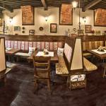 Reštaurácia – nefajčiarska časť s kozubom